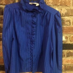 Vintage blue long sleeved shirt with front ruffles